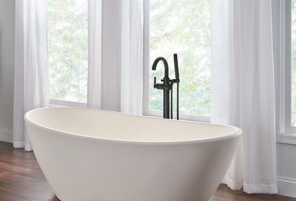 Montaje de suelo contemporáneo bañera relleno relleno